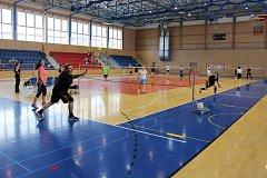 Ve Sportovní hale Žákovská v Havířově se hrál turnaj o pohár ředitele SSRZ v badmintonu.