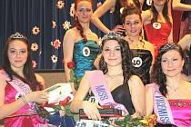 Soutěže Miss Orlová 2013 se zúčastnilo 16 dívek ve věku od 13 do 17 let.