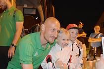 Marek Janečka je oblíbeným i u nejmenších fanoušků MFK.