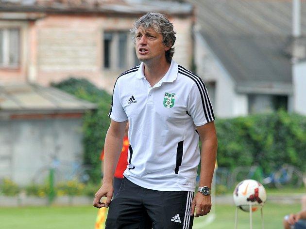 Nový trenér Karviné Jozef Weber povede do boje obměněný tým.