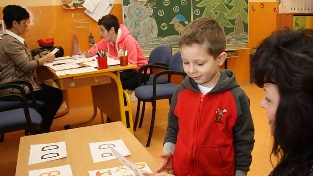 Zápis do 1. třídy na ZŠ Na Nábřeží v Havířově.