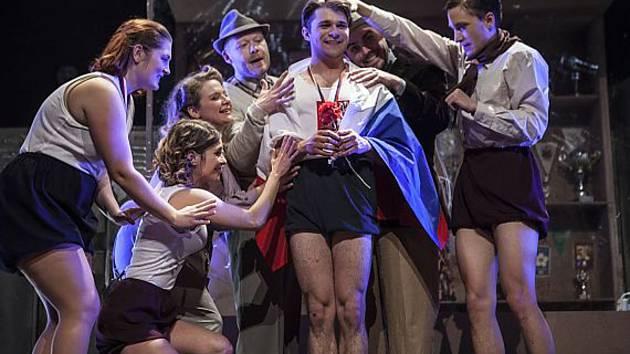 Ostravské divadlo P. Bezruče se na festivalu představí s hrou Transky - body - vteřiny.