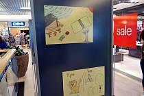 Výstava dětských kreseb vobchodním centru Elan vHavířově.