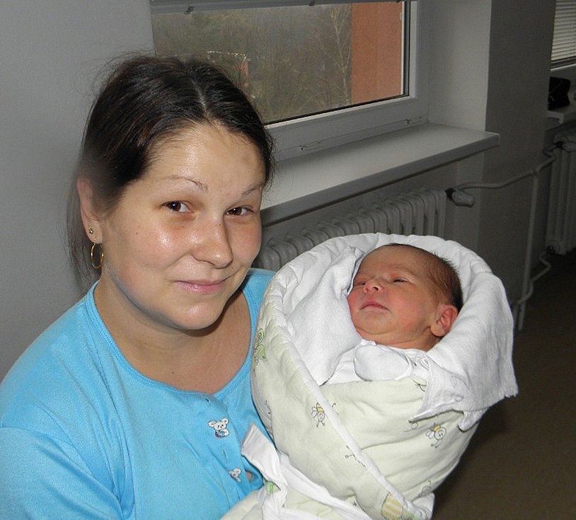 Eliška Friedrichová se narodila 30. listopadu mamince Petře Bábikové z Orlové. Po narození miminko vážilo 3220 g a měřilo 52 cm.