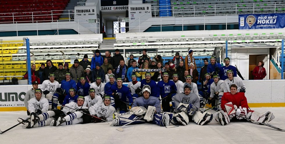 Klienty Santé potěšilo setkání s havířovskými hokejisty.