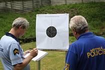 Střelecká soutěž strážníků a policistů.