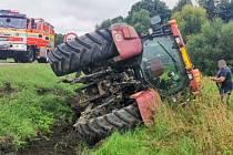 Vyprošťování traktoru.