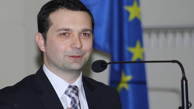 Děkan Obchodně podnikatelské fakulty v Karviné Daniel Stavárek.