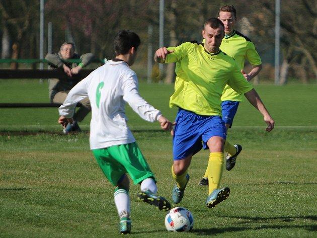 Stonavští fotbalisté střelecky procitli.