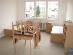 Nová sociální ubytovna v Havířově.  Jeden z třílůžkových pokojů.