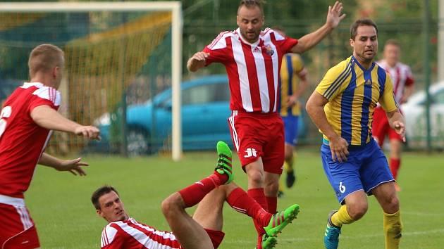 Orlovští fotbalisté pravidelně bodují.