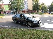 Dopravní nehoda v křižovatce Dlouhé třídy s ulicí Kosmonautů v Havířově-Podlesí.
