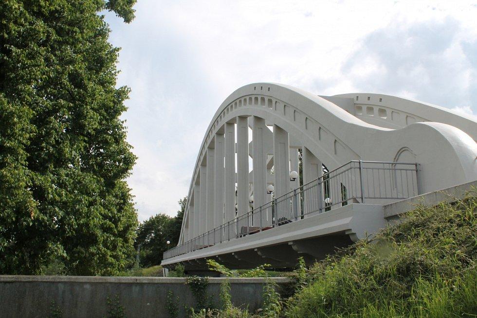 Most Sokolovských hrdinů v Karviné-Rakově. Ilustrační foto