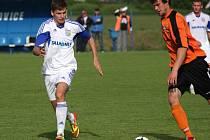 Petrovičtí fotbalisté bojovali v Otrokovicích proti větrným mlýnům.