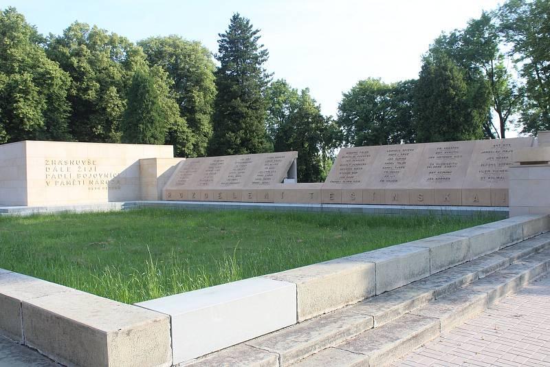 Orlová-Město. Památník obětem sedmidenní války v roce 1919.