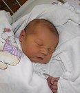 Eliška se narodila 11. listopadu mamince Zdeňce Svrčkové z Karviné. Po porodu holčička vážila 3970 g a měřila 51 cm.