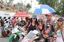 Havířovský zlatý kahanec 2015 na Těrlickém okruhu. V popředí německý závodník Didier Grams.
