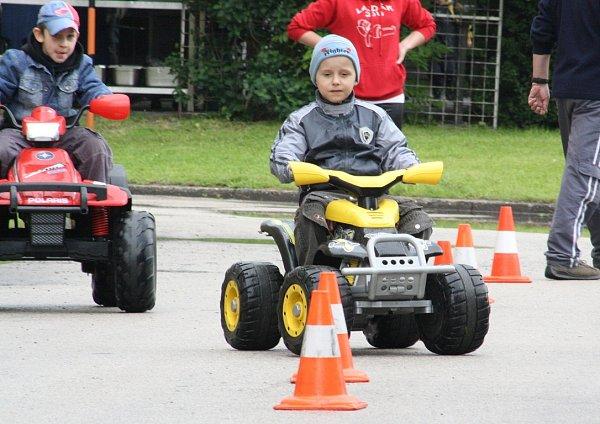 Den dětí vlázeňském parku.