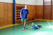 Chovanci těrlického výchovného ústavu byli oceněni za pomoc dětem s autismem.
