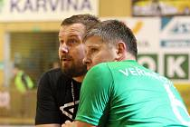 Roman Farář (vlevo) a Lubomír Veřmiřovský mají zatím s týmem stoprocentní bilanci.
