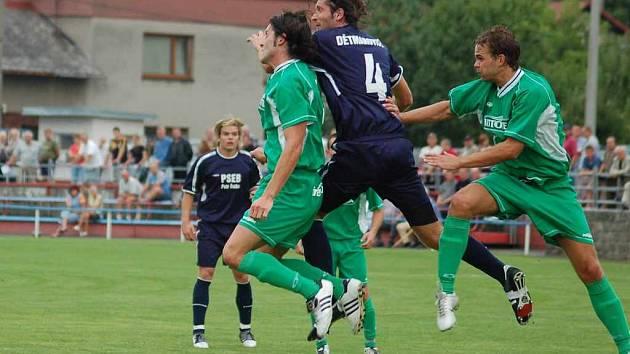 Fotbalisté Dětmarovic už budou od příští sezony takto bojovat se soupeři pouze v I. A třídě.
