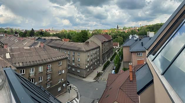 Rekonstrukce budov polského gymnázia.