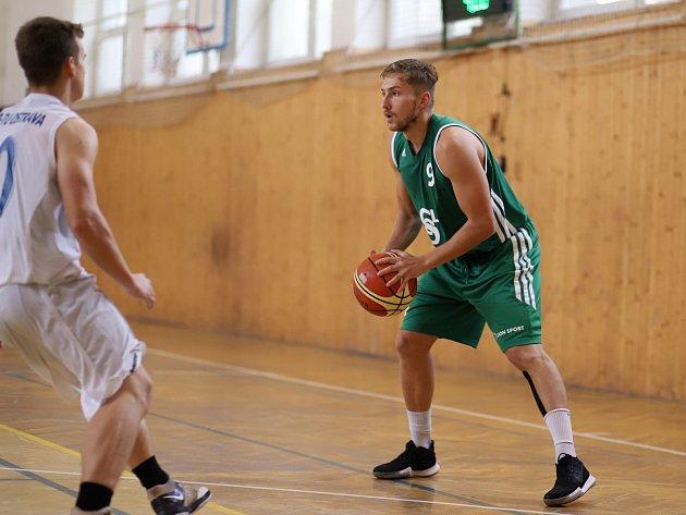Basketbalisté nadále bojují oplay off.