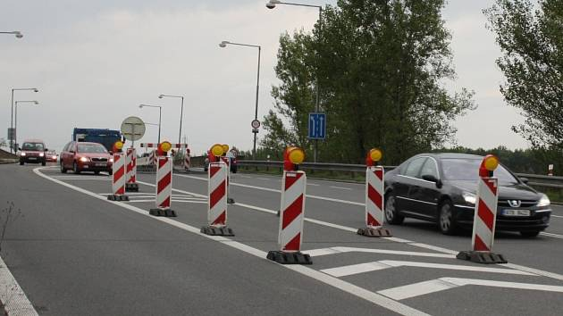 Oprava mostu u dolu ČSA na Ostravské ulici v Karviné.