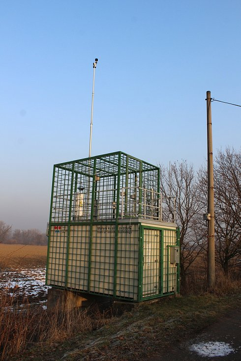 Stanice měřící kvalitu ovzduší ve Věřňovicích na Karvinsku.