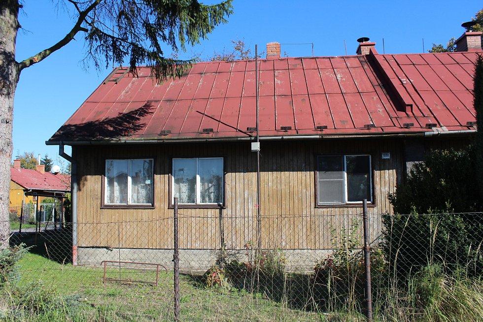 Dům v doubravské kolonii, kde v neděli došlo k vraždě.