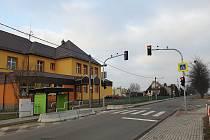Nové semafory u dvou škol v Petrovicích u Karviné.