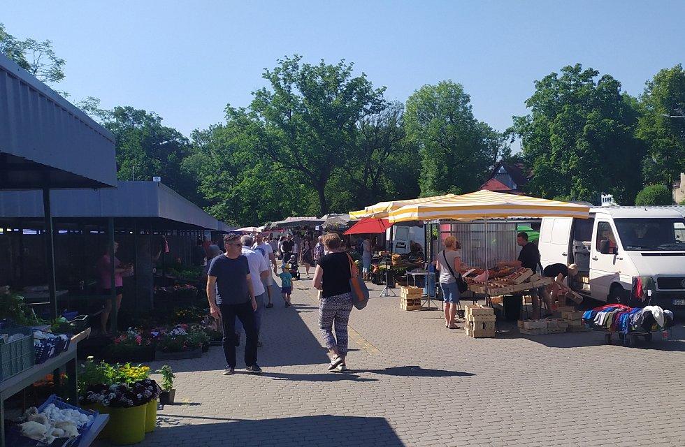 Tržiště v polském Těšíně, červen 2021.