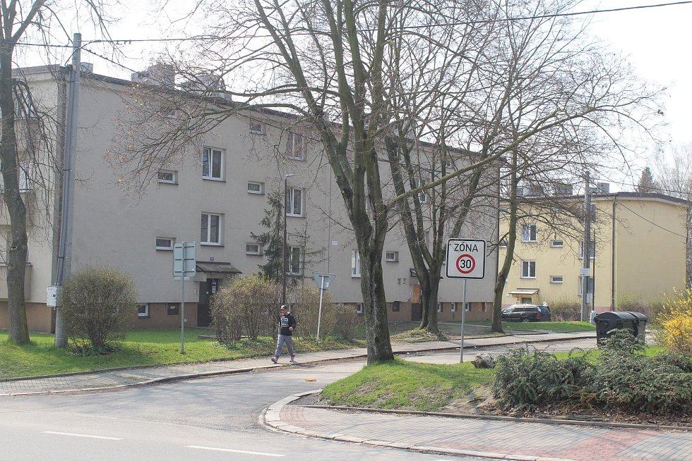 Orlová-Poruba. Problémová oblast. Slezská x Kpt. Nálepky.