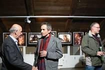 V českotěšínské galerii Půda vystavují portréty členové SPAG – Silesian Photo Art Group.