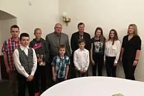 Ve čtvrtek 3. prosince v prostorách Hotelu Zámek v Havířově bylo Okresním tenisovým svazem Karviná oceněno osm úspěšných mladých tenistů z klubů TK Havířov, MTK Karviná a TK Slavia Orlová.
