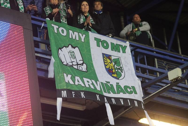 Karviná se mohla opřít o podporu svých fanoušků.