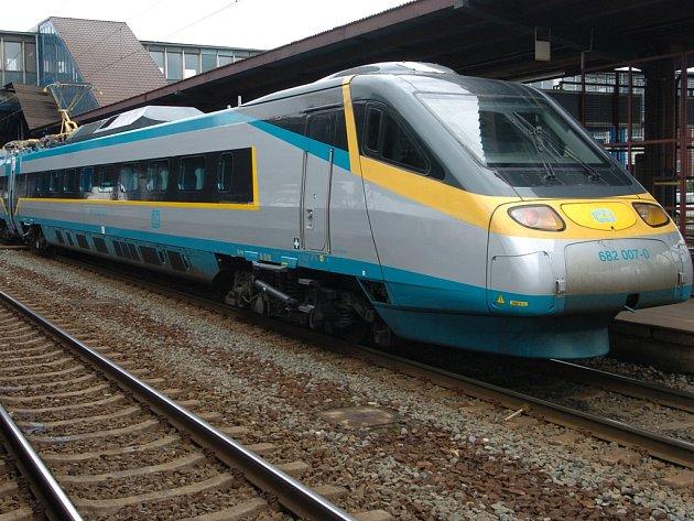 Až na ostravské hlavní nádraží by podle přání radních měly Orlovany vozit přímé autobusy.