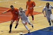 Zimní měsíce vyplňují fotbalistům různé futsalové soutěže.