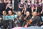 Pěvecký soubor a sborové studio Permoník se pod vedením Evy Šeinerové a jejího manžela Ivana (RIP) stal světoznámým tělesem, které hudební radost rozdává v Česku, v Evropě i v zámoří. Pyšní se také nejedním oceněním z prestižních mezinárodních soutěží.