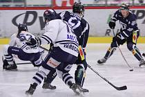 Hokejisté Havířova drží po další výhře kontakt s Třebíčí a Litoměřicemi.