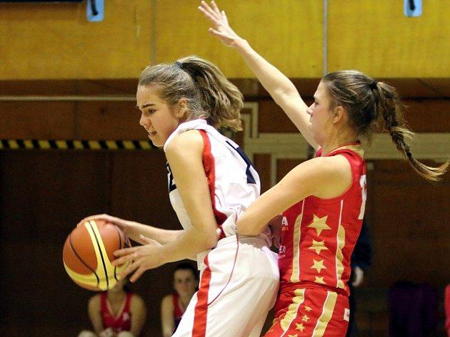Anna Kubíčková (vlevo) a její spoluhráčky z Havířova se letos dočkají reprezentačních srazů.