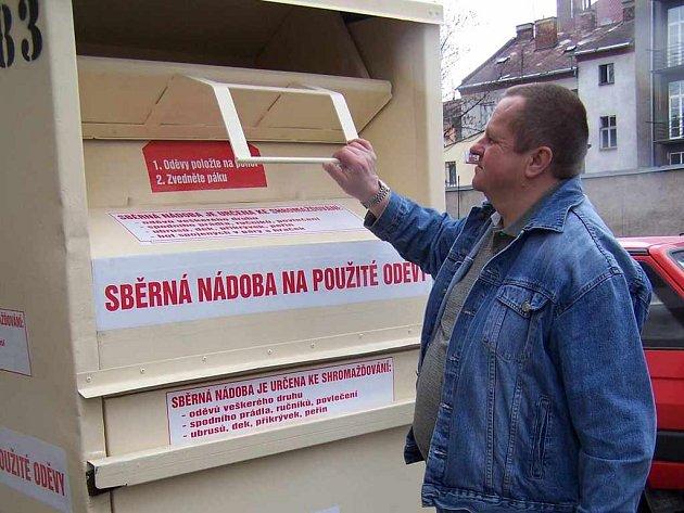 Tyto kontejnery budou pomáhat, kde je třeba.
