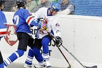 Hokejbalisté Karviné válčí o přímou záchranu v extralize.