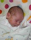 Denisek Polák se narodil 14. dubna mamince Kláře Polákové z Karviné. Po porodu miminko vážilo 3030 g a měřilo 48 cm.