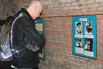 Výstava o Židech se těší velkému zájmu návštěvníků.