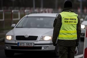Hraniční kontroly na polských hranicích.