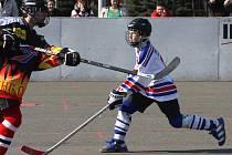 V Karviné se s hokejbalovou mládeží pracuje velmi dobře.