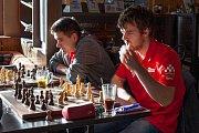 Českotěšínští šachisté uhráli bod s Turnovem.