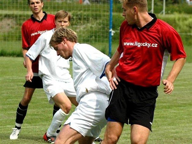 Fotbalisté Dětmarovic zakončili podzimní putování I.A třídou porážkou od Staré Bělé.  Ilustrační foto.
