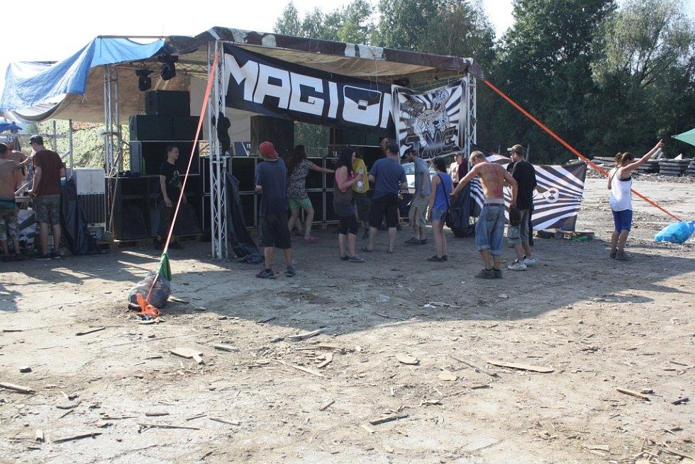 Taneční party na Dukle v Havířově.